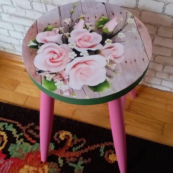 dekoratif-ahsap-tabure-cicek-desenli-43034