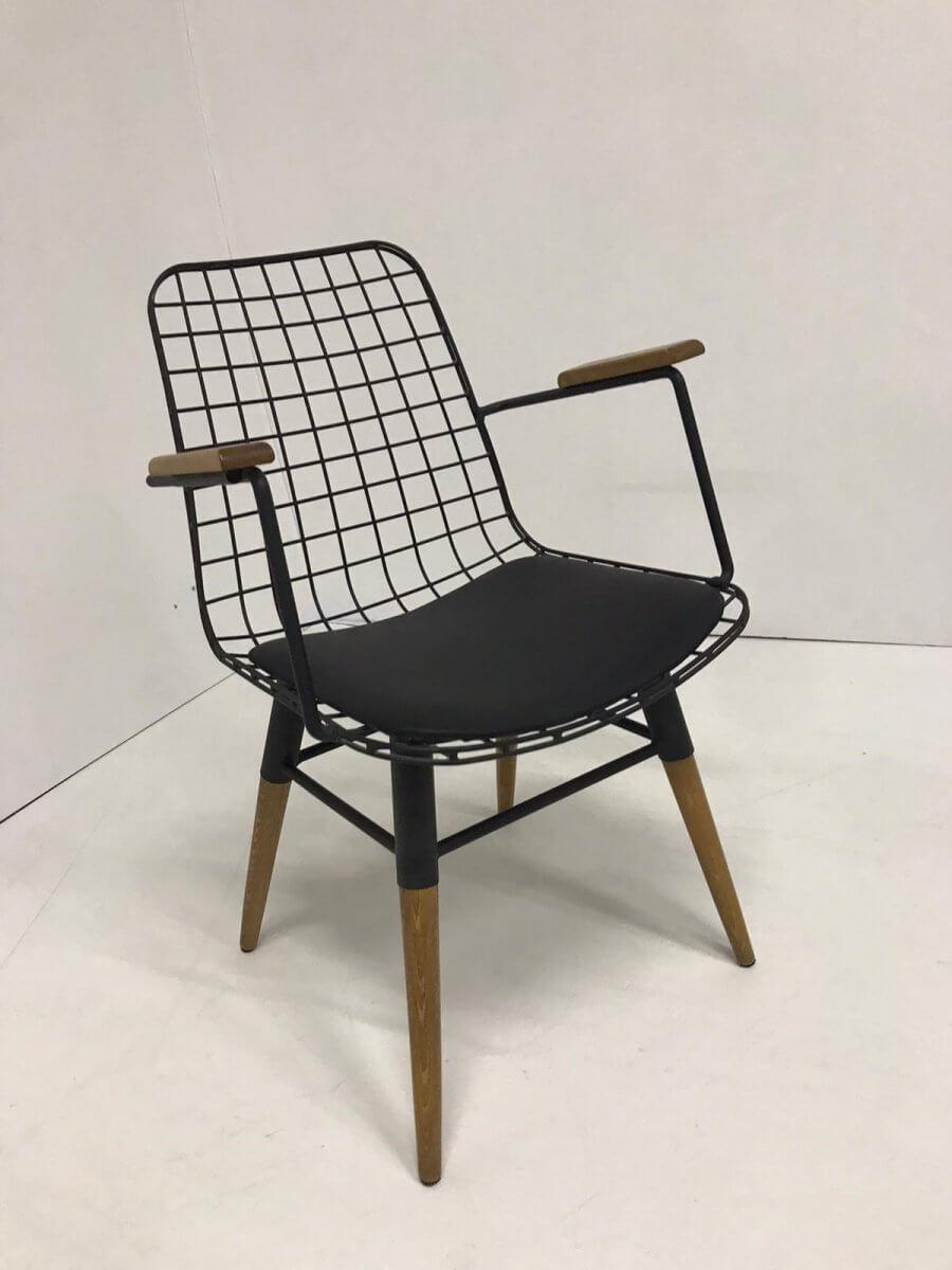 tel-kolcakli-sandalye